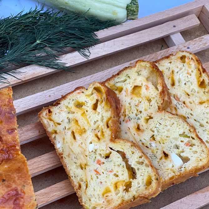 Náhľad receptu Cuketovo- mrkvový chlieb s fetou